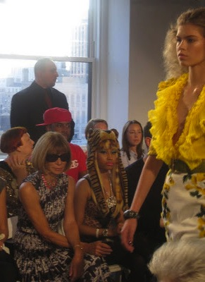 oscar_de_la_renta_fashion_show_new_york_fashion_week_valentinavfashionworld_anna_wintour (10)