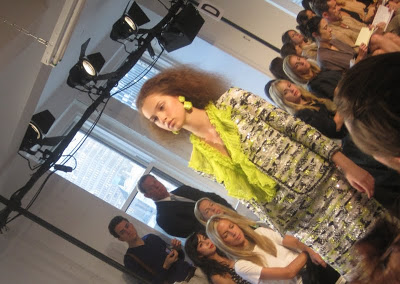 oscar_de_la_renta_fashion_show_new_york_fashion_week_valentinavfashionworld_anna_wintour (11)