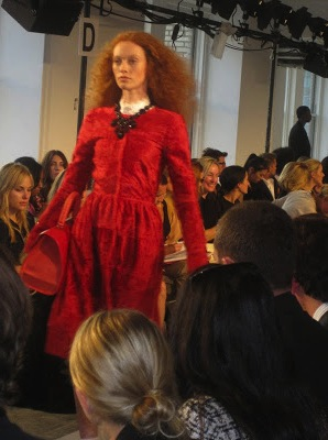 oscar_de_la_renta_fashion_show_new_york_fashion_week_valentinavfashionworld_anna_wintour (24)