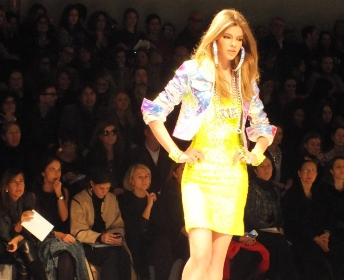 VIDEO of BLUMARINE Fashion Show