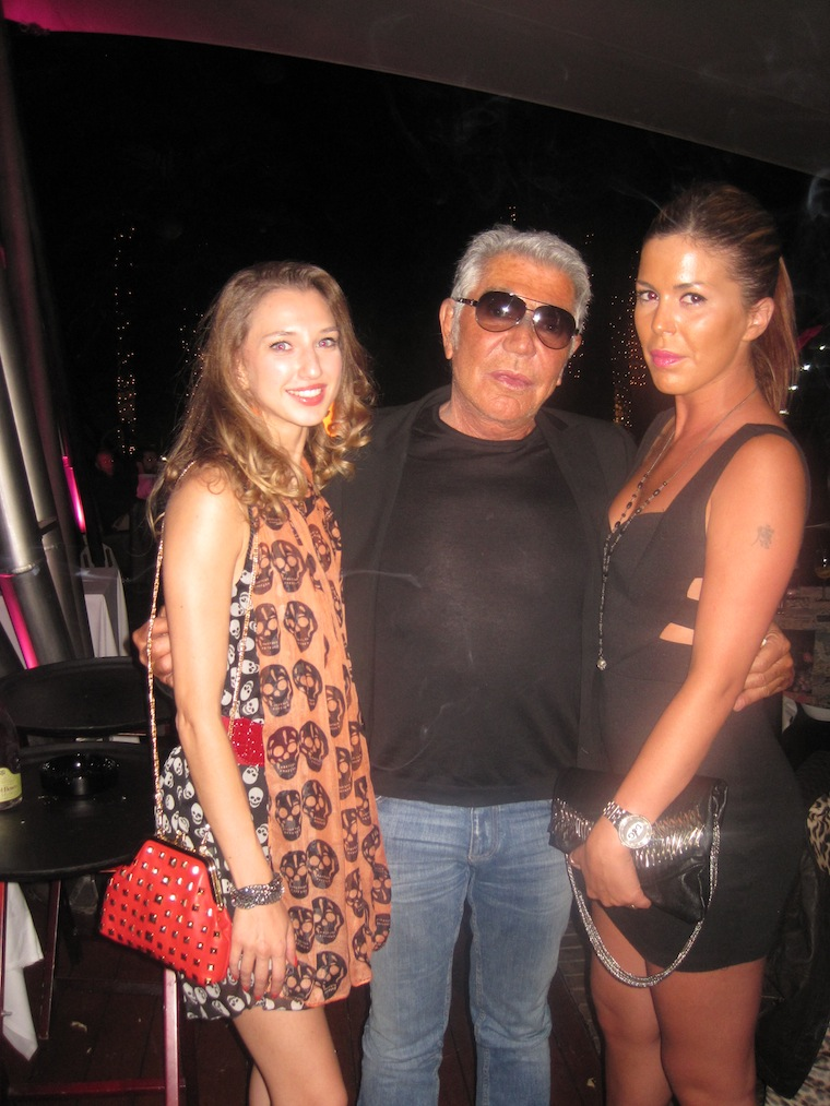 At just cavalli club with roberto cavalli v fashion world for Disco in milano