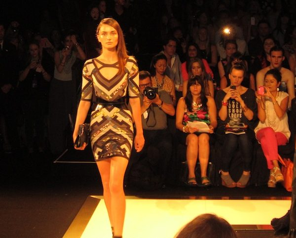 herve_leger_fashion_show_video