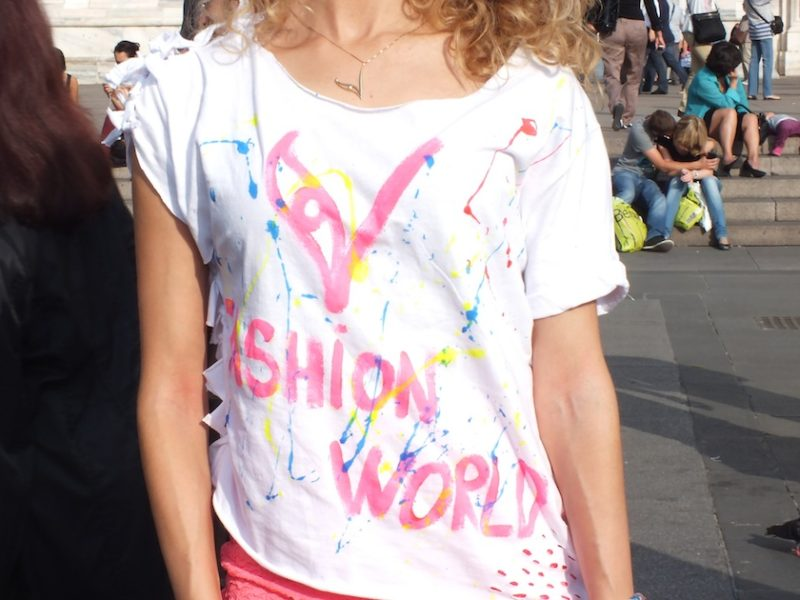 V Fashion World T-Shirt & La Kasa dei Kolori