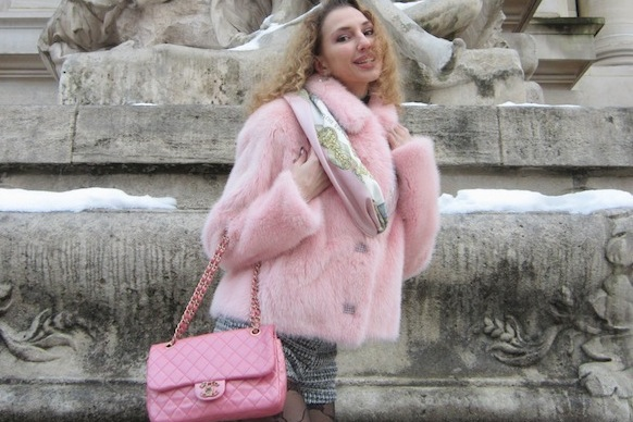 PINK PANTER LOOK IN PARIS