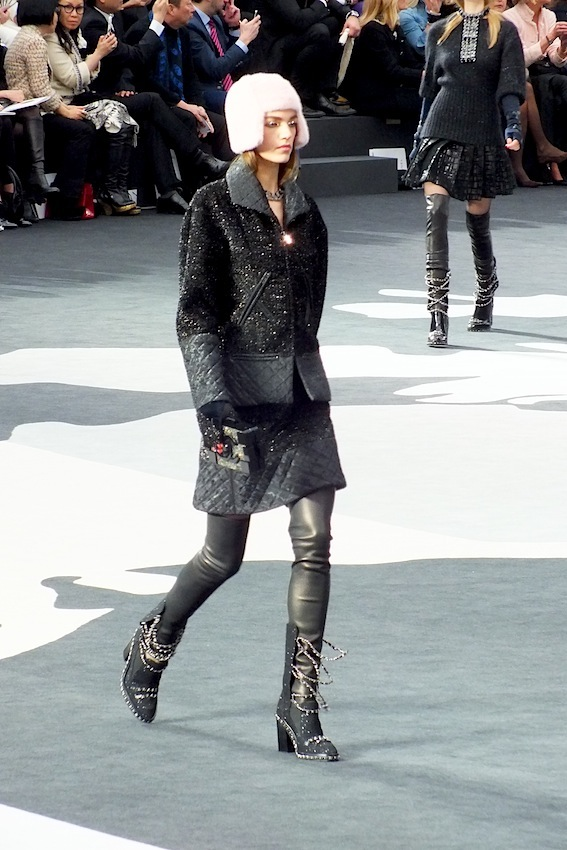 chanel_fashion_show 09