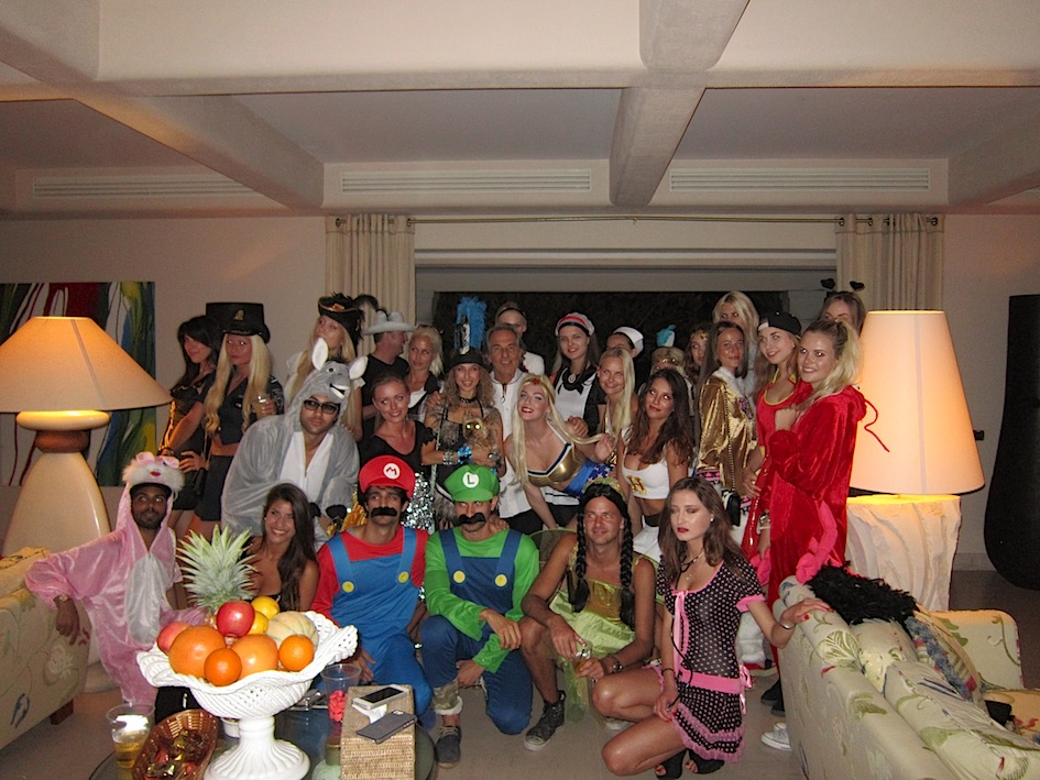 costume-party_st-tropez