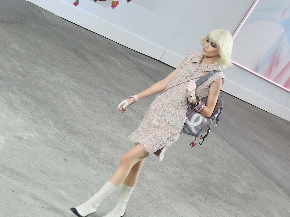 chanel_spring_summer_2014_fashion_show 02