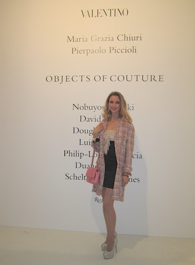 valentino_objects_of_couture_event_v_fashion_world