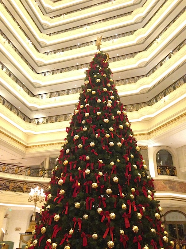 the_lagendale_chrstimas_tree_beijing