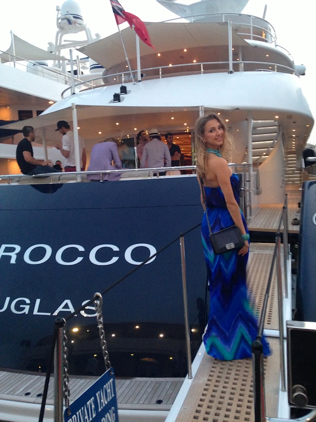 the perfect dress for a boat yacht party