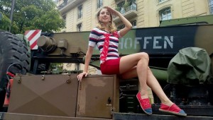 french pin up 14 juillet marins