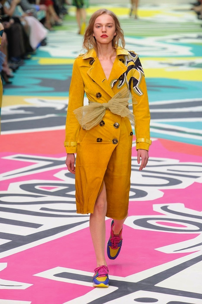Burberry Spring Summer 2015 runway look x blog