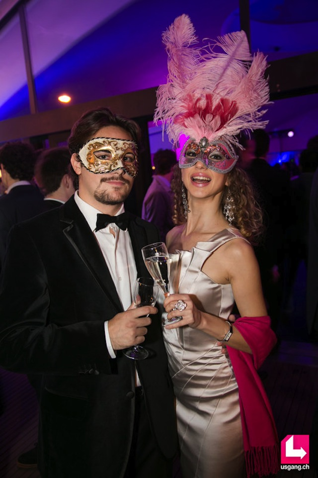 masquerade ball look 03