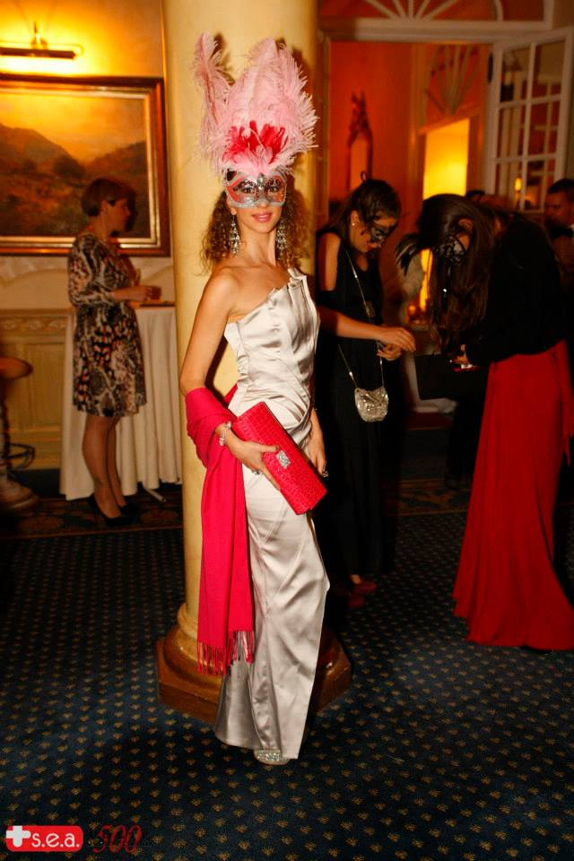 masquerade ball look at splendide royal 07