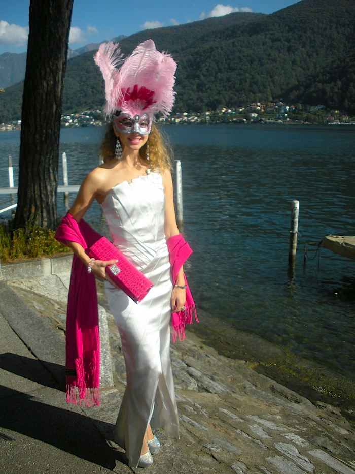 masquerade ball look by lugano lake