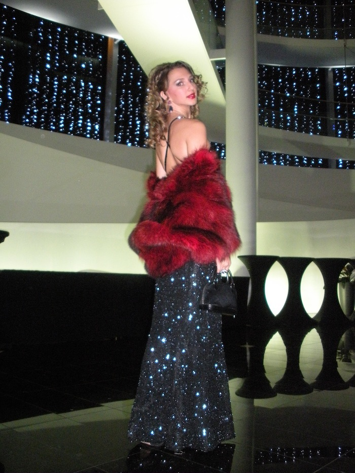 Valentina Nessi luxury evening dress and fur 04