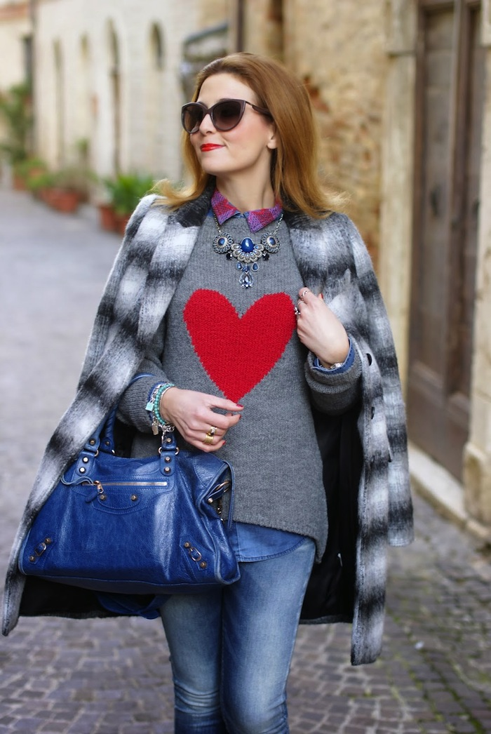 heart sweater - fashion and cookies blogger