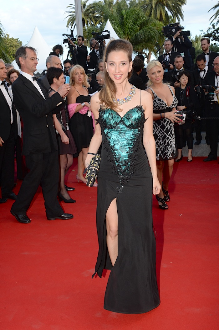 best-dressed-red-carpet-cannes-film-festival-2015-valentina-nessi-03