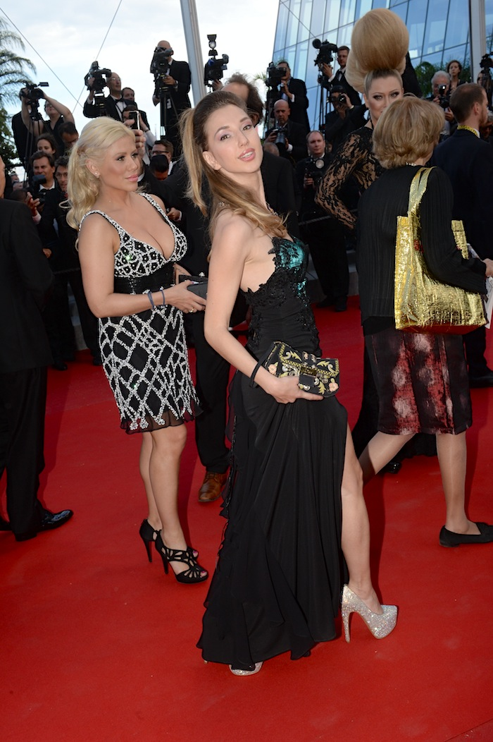 best-dressed-red-carpet-cannes-film-festival-2015-valentina-nessi-karina-valdes-06