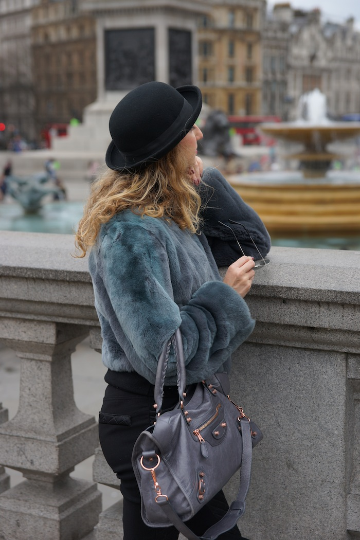 london-street-style-trafalgar-square-march-2015 03
