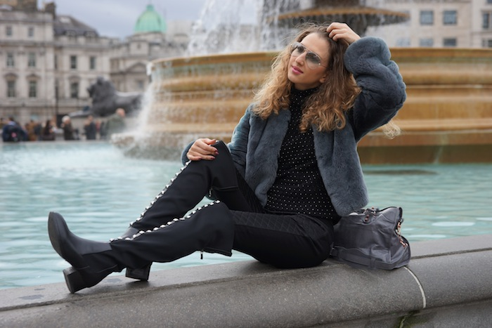 london-street-style-trafalgar-square-march-2015 09