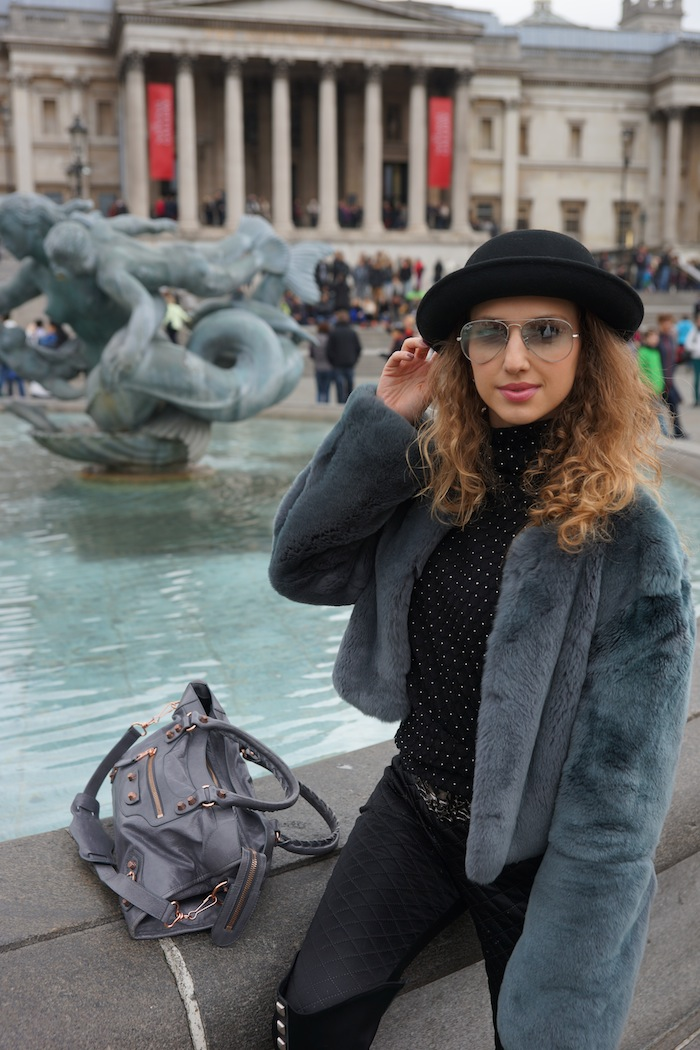 london-street-style-trafalgar-square-march-2015 10
