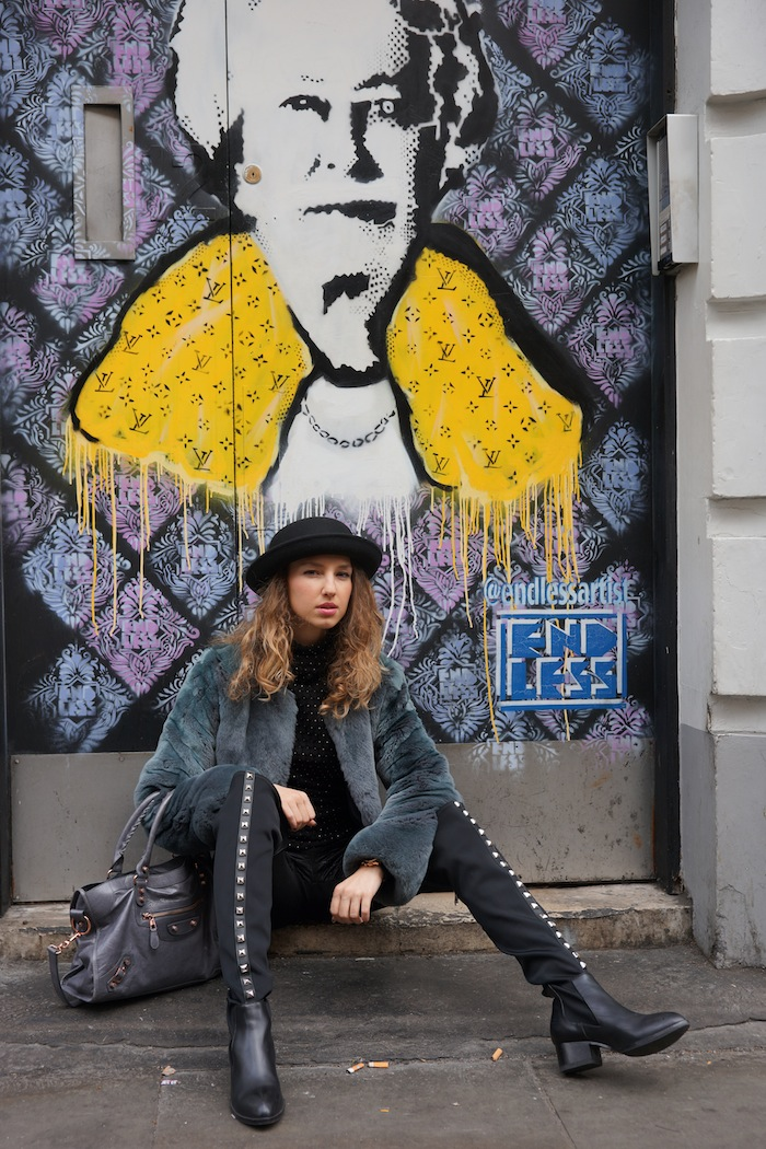 london-street-style-trafalgar-square-march-2015-street-art 23