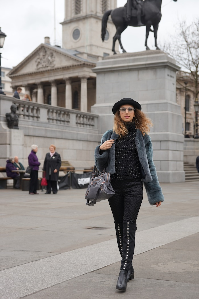 london-street-style-trafalgar-square-valentina-nessi-march-2015 01