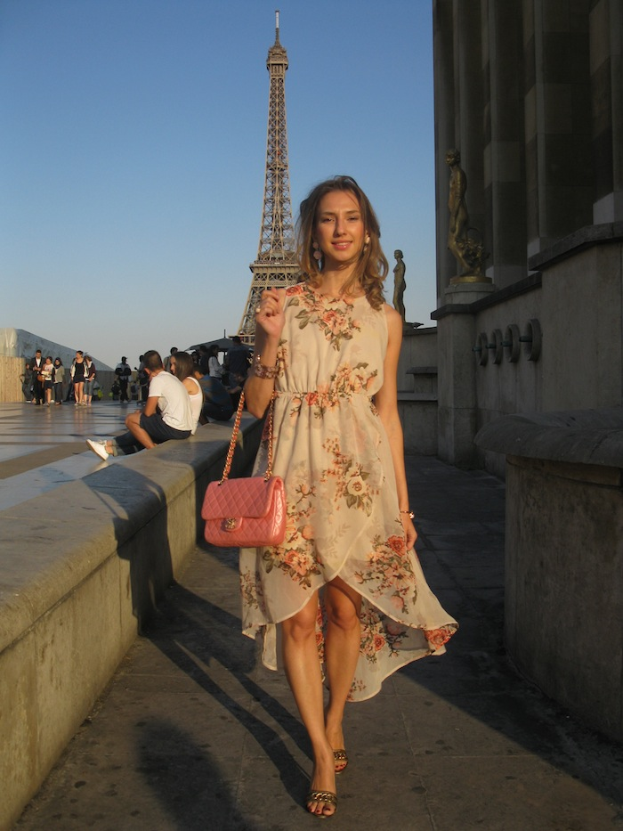 flower-couture-dress-pink-chanel-tour-eiffel-paris-01
