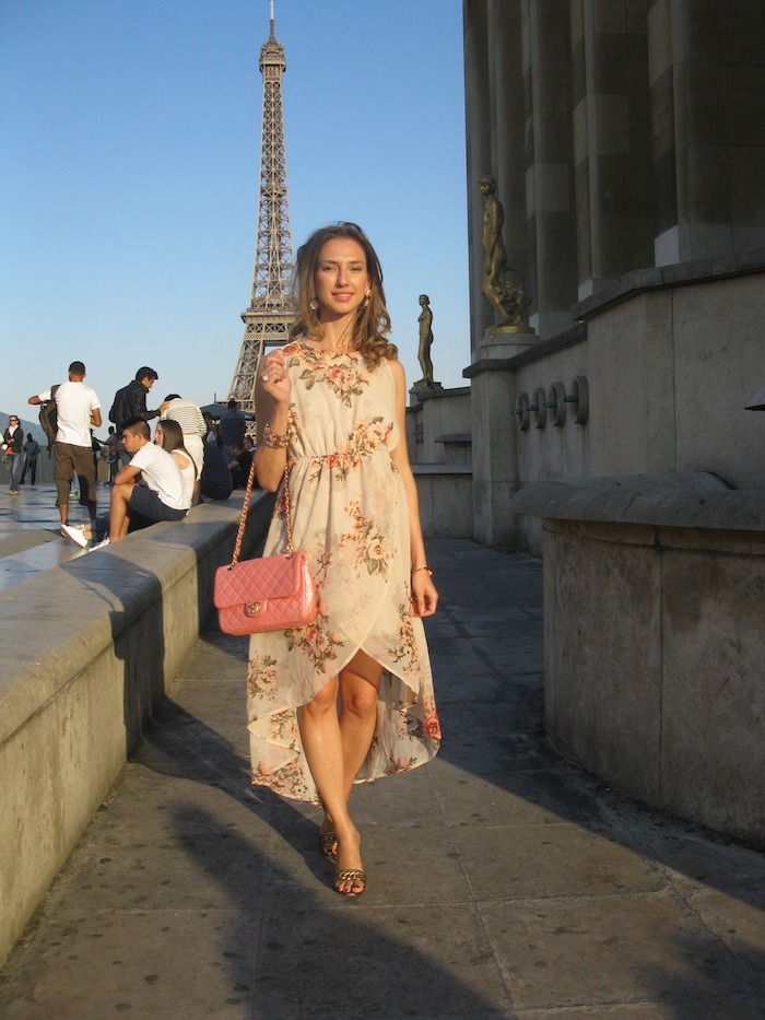 flower-couture-dress-pink-chanel-tour-eiffel-paris-02