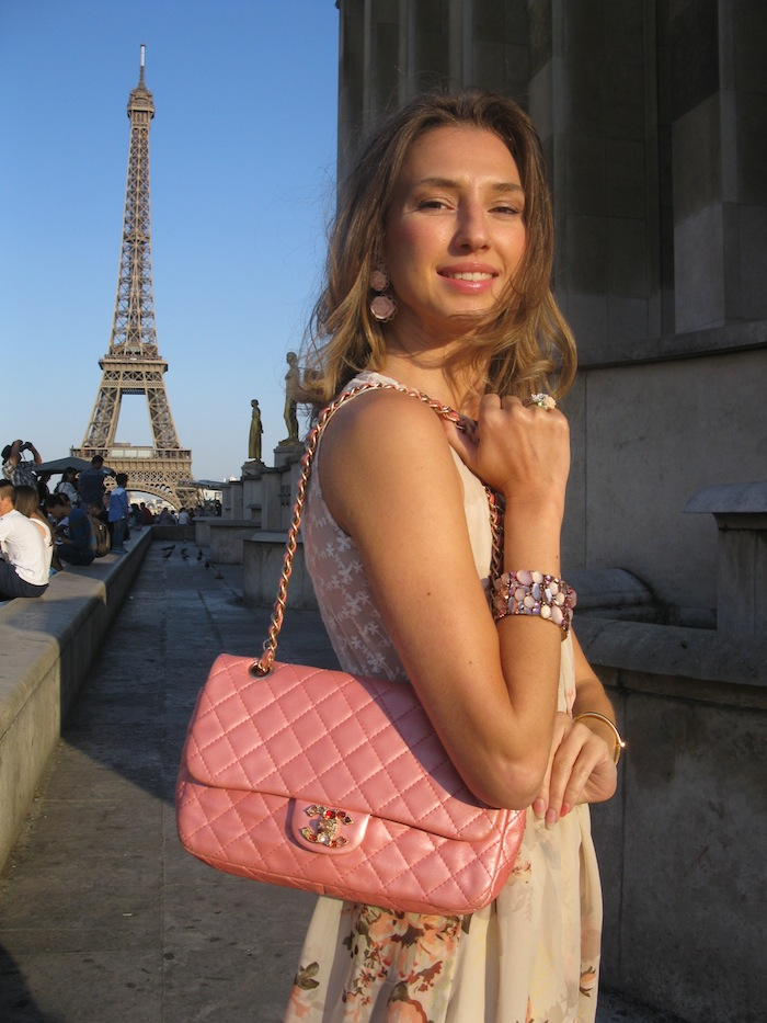 flower-couture-dress-pink-chanel-tour-eiffel-paris-05