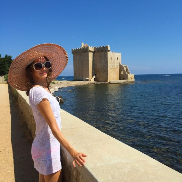 PINK BIKINI IN SAINT-HONORAT ISLAND