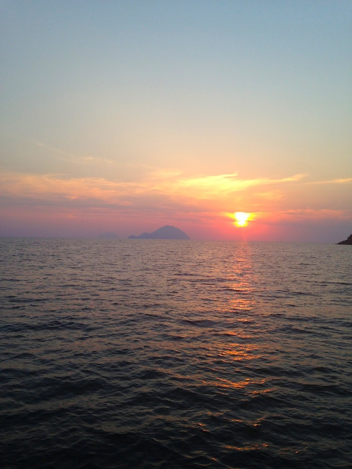 sunset-in-salina-aeolian-islands-isole-eolie-20