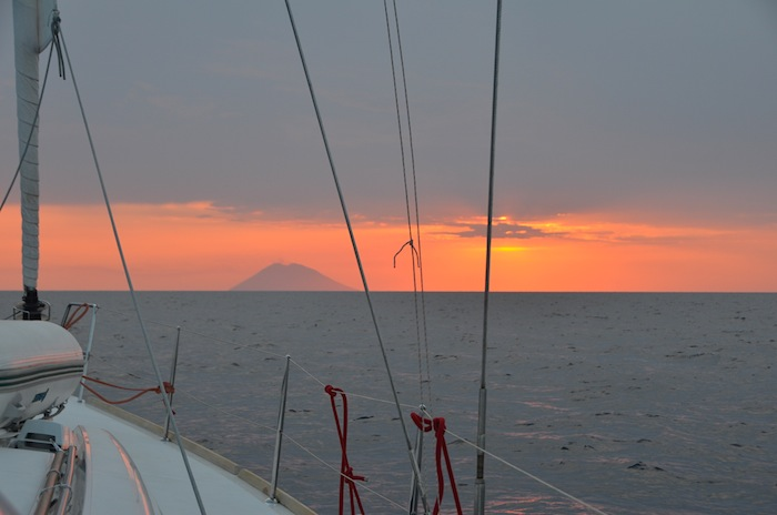 sunset-in-stromboli-isole-eolie-07