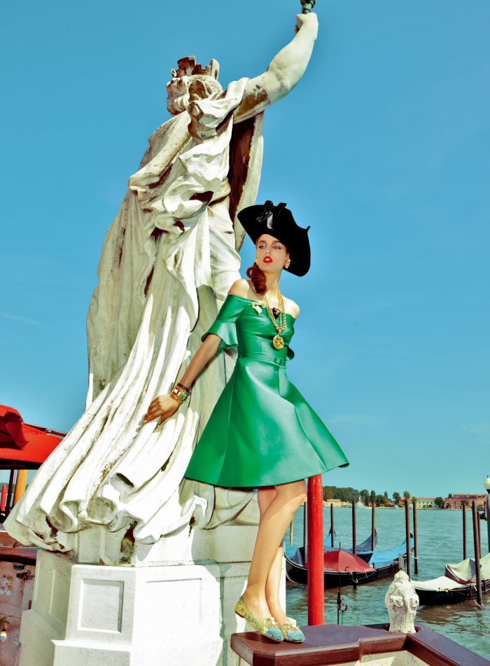 My Fascination with Venice with Zuzanna Bijoch by Pierpaolo Ferrari for Vogue Japan February 2014 (10)