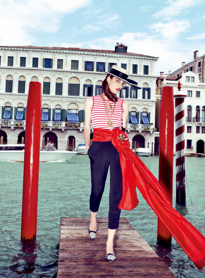 My Fascination with Venice with Zuzanna Bijoch by Pierpaolo Ferrari for Vogue Japan February 2014 (4)