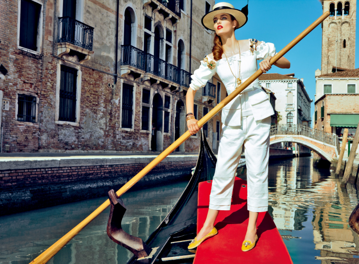 My Fascination with Venice with Zuzanna Bijoch by Pierpaolo Ferrari for Vogue Japan February 2014 (6)