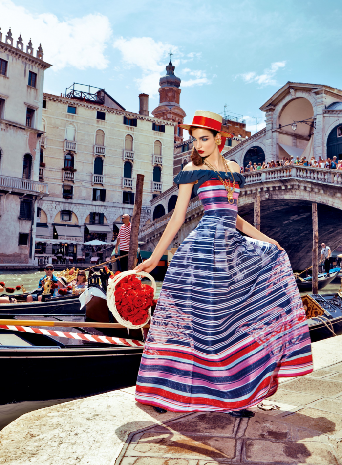 My Fascination with Venice with Zuzanna Bijoch by Pierpaolo Ferrari for Vogue Japan February 2014 (9)