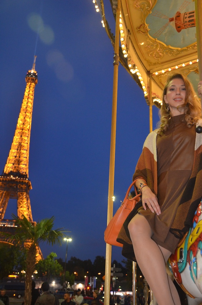 carousel-paris-trocadero-fashion-editorial-vfw-magazine-october-2015-06