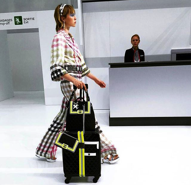 chanel-airport-travel-look-style-ss16