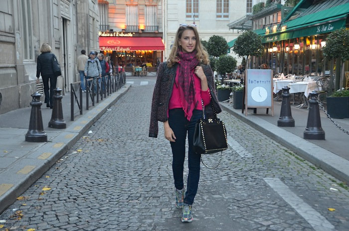 street-chic-muse-fashion-blogger-valentina-nessi-saint-germain-paris-03