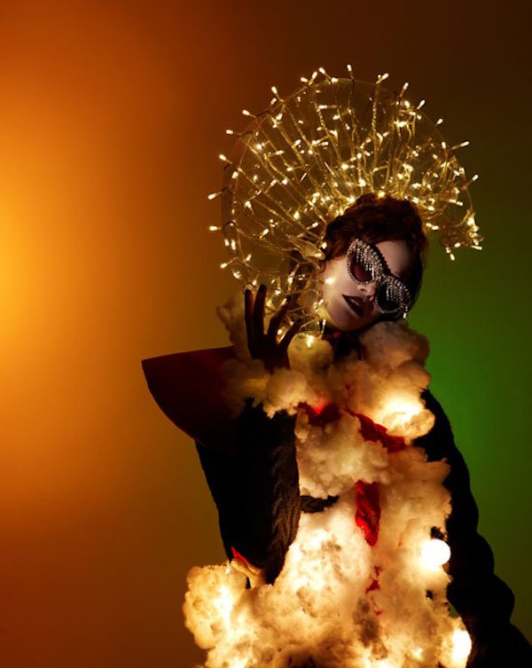 merry-christmas-by-louis-park-fashion-editorial-vogue-korea-december-2012-03