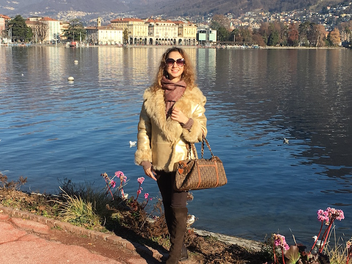 swiss-fashion-blogger-winter-look-lugano-lake-02