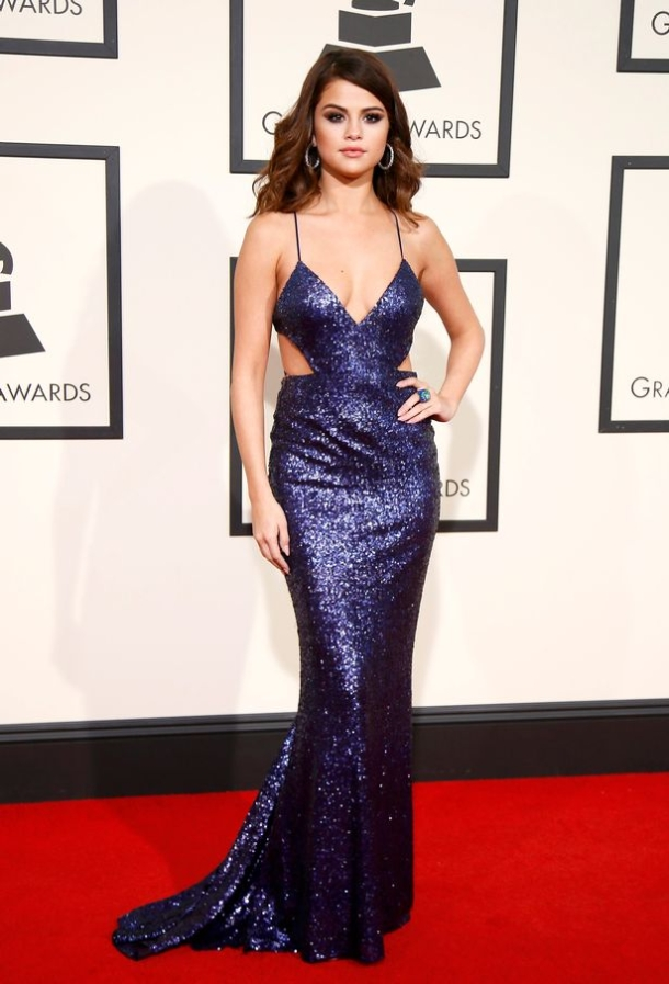 Selena-Gomez-best-dressed-the-58th-Grammy-Awards-in-Los-Angeles