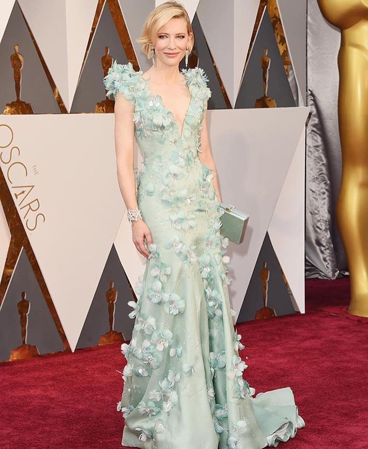 cate-blanchett-in-armani-prive-best-dressed-at-the-oscars-2016-red-carpet