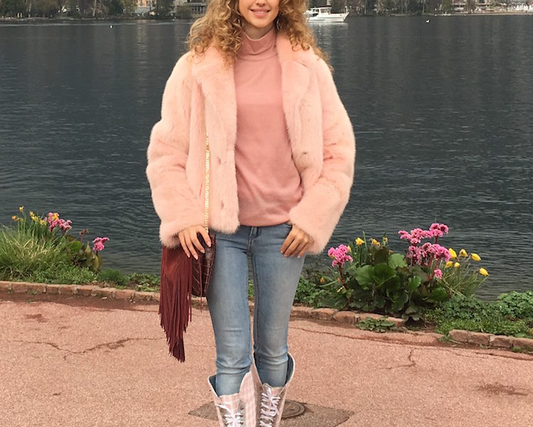 PINK VIBES IN GRAY LUGANO