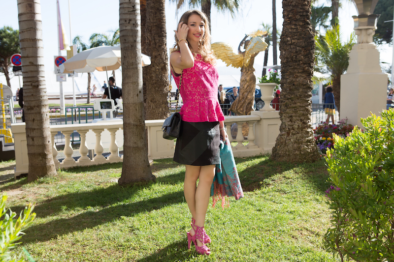 glamour-chic-street-stye-blogger-2016-cannes-festival-look-11