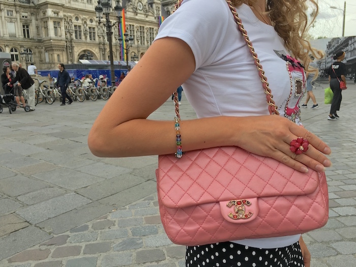 pink-chanel-bag-fashionista-paris-juin-07