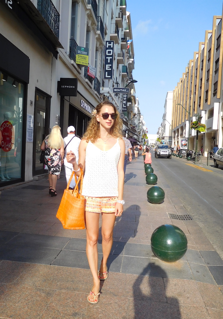 french-blogger-rue-d'antibes-cannes-orange-bag-02