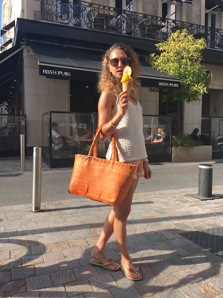 french-blogger-rue-d'antibes-cannes-orange-bag-ice-cream-lover-07